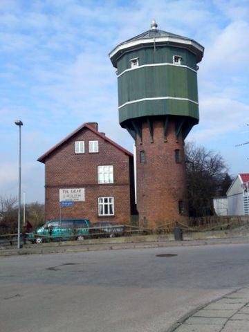 http://www.mjk-h0.dk/evp_DSB/dsb.ryomgaard.1.4.2010.foto.o.h.k.soerensen.dsc00939..jpg