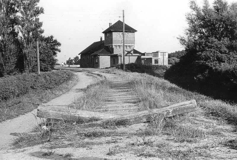 http://www.mjk-h0.dk/evp_Df/6516-LB.Bagenkop.2.9.1962.Foto.J.Henneke.jpg