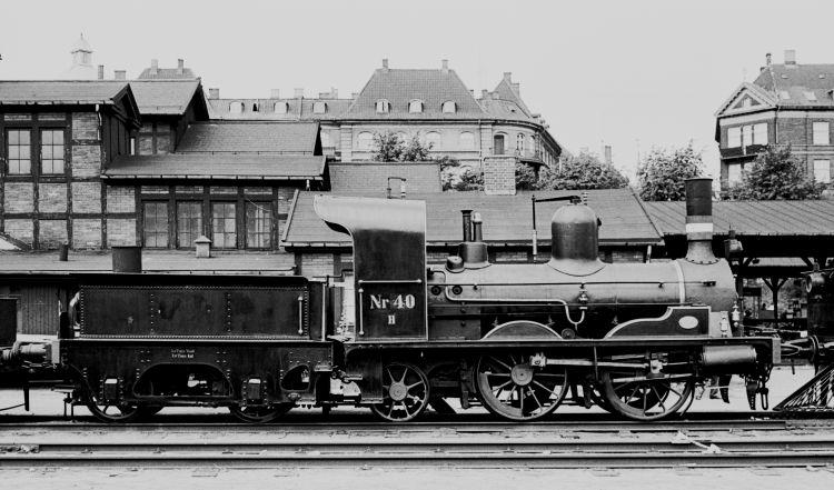 http://www.mjk-h0.dk/evp_Div/71.i.19a.h_40.oesterport.25.juli_1959.jpg