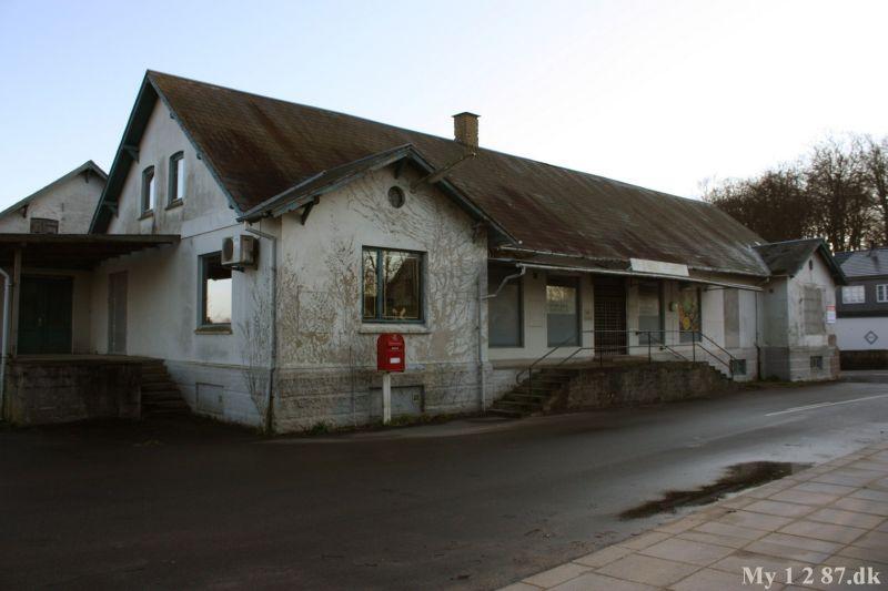 friluftsmuseum teater mavesmerter efter samleje