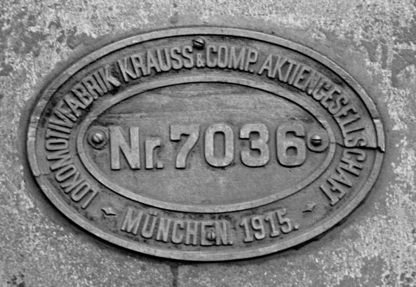 http://www.mjk-h0.dk/evp_Gas/142.ii.25a.fabr.pl,krauss_7036.valby_gasvk,15.3.1961,.jpg
