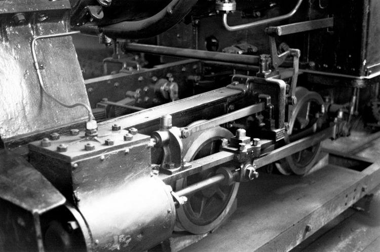 http://www.mjk-h0.dk/evp_Gas/249.iii.31.valby_gasvks_bagnall-maskine.gangtoej_og_cylinder.21.7.1964.jpg