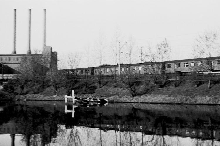 http://www.mjk-h0.dk/evp_Gas/64.i.27.oestre_gasvaerk.opkoerselsrampen.april_1959.jpg