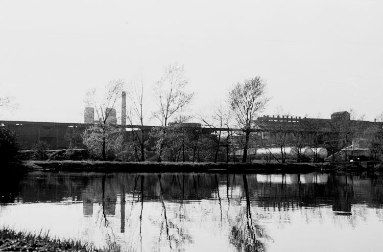 http://www.mjk-h0.dk/evp_Gas/64.i.28.oestre_gasvaerk.april_1959.jpg