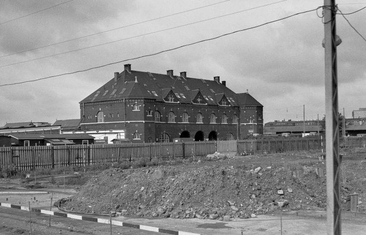http://www.mjk-h0.dk/evp_Gb/330.i.12.koebenhavn_gb.4.9.1966.jpg