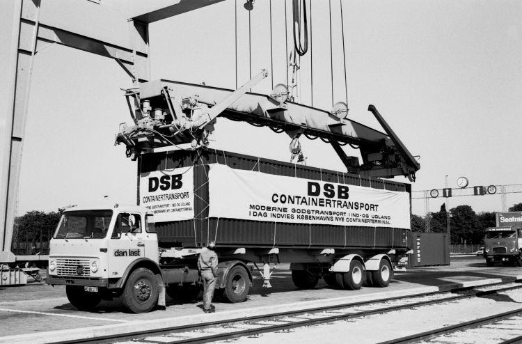 http://www.mjk-h0.dk/evp_Gb/447.iii.05..indv.af_containerterm.23.9.1970.jpg
