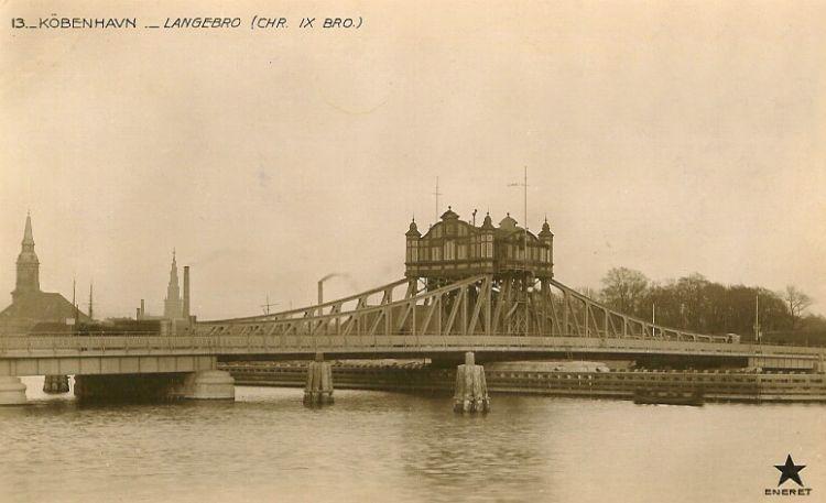 http://www.mjk-h0.dk/evp_Gb/langebro.svingbroen_fra_1903.postkort.jpg