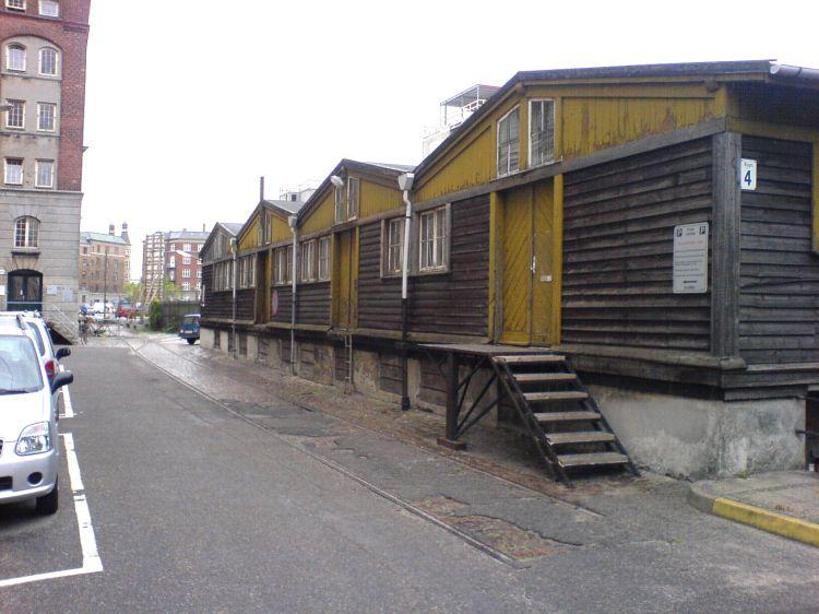 http://www.mjk-h0.dk/evp_Gb/njalsgade.bag%20ejendommene.2.9.2005.foto.joergen_andreasen.jpg