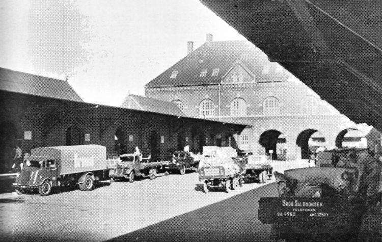 http://www.mjk-h0.dk/evp_Gb/pakhusgaden.gb.ca_1947.jpg