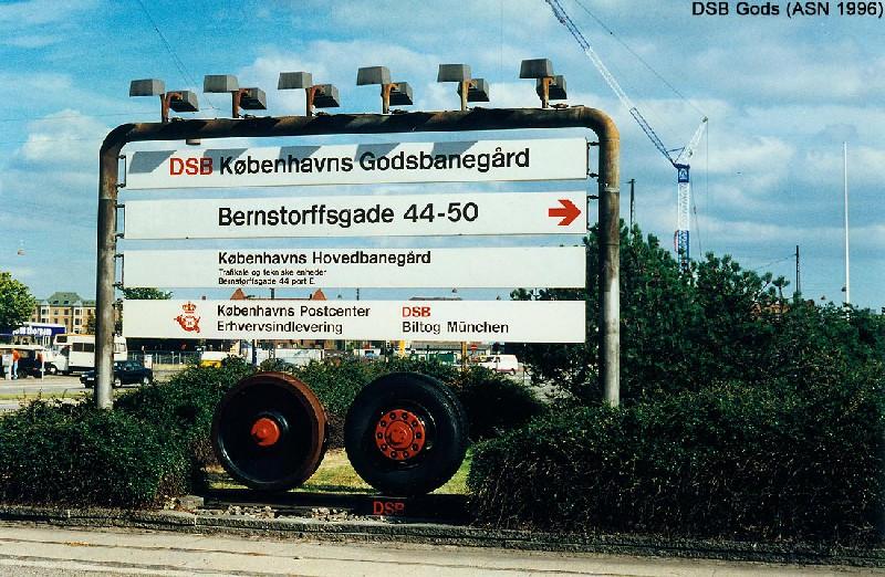 http://www.mjk-h0.dk/evp_Gb/skilt.gb.foto.allan_stoevring_nielsen.1996.jpg