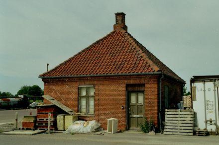 http://www.mjk-h0.dk/evp_Hamm/1180.iii.12.plads_ell.forvalterbygn.hamm.tglv.4.6.2002.jpg