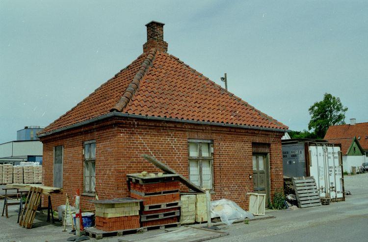 http://www.mjk-h0.dk/evp_Hamm/1180.iv.14.plads_ell.forvalterbygn.hamm.tglv.4.6.2002.jpg