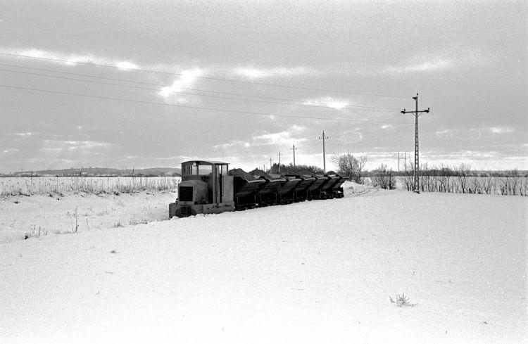 http://www.mjk-h0.dk/evp_Hamm/85.i.40.hammersholt_teglvk.nr.21_ankommer.febr.1960.jpg