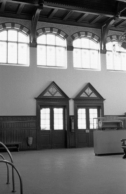 http://www.mjk-h0.dk/evp_Kystb/191.iii.63.skodsborg.interieur.24.3.1963.jpg