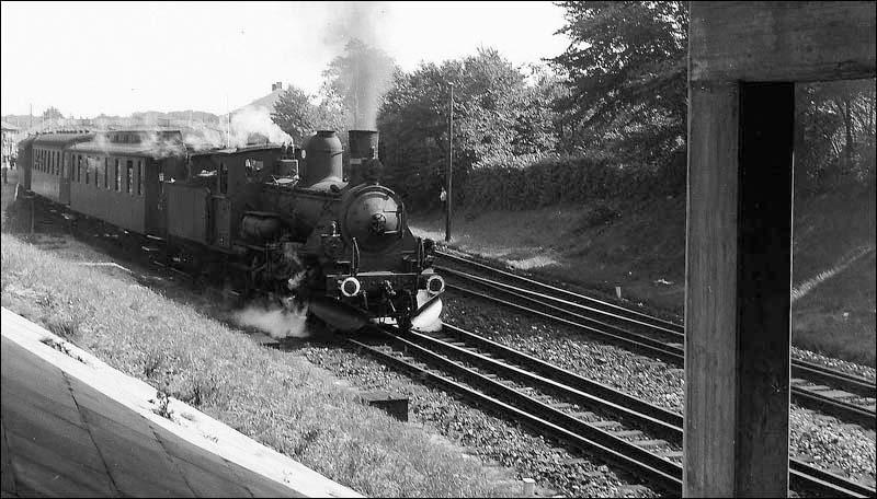 http://www.mjk-h0.dk/evp_Kystb/82-k_maskine.rungsted-1943.p.b.p.jpg