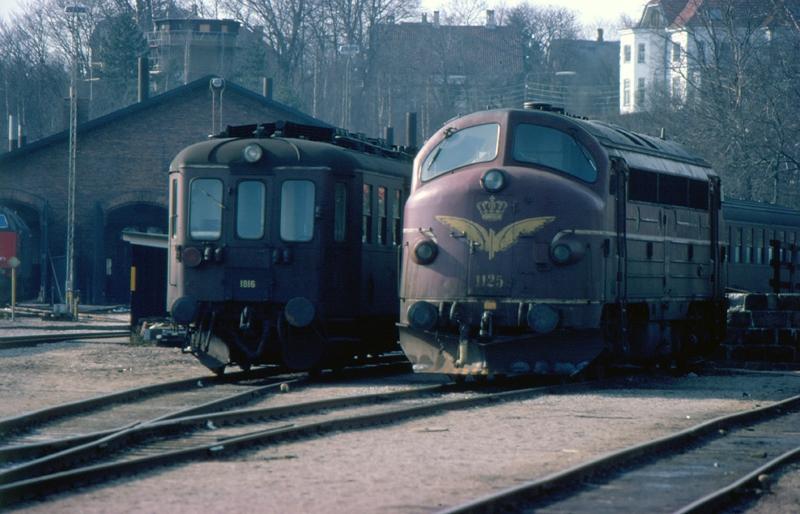 http://www.mjk-h0.dk/evp_Kystb/96-mo1816_og_my1125.1980.c.steen_larsen.jpg