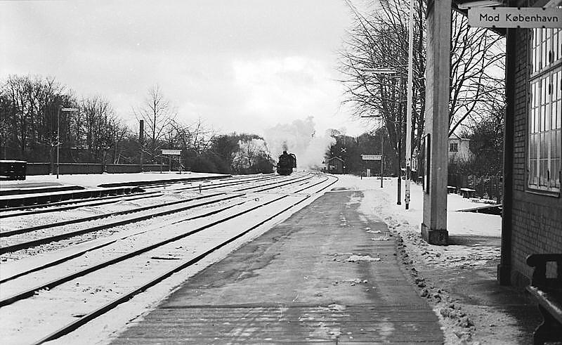 http://www.mjk-h0.dk/evp_Kystb/d820-mh_x,skodsborg.3.1.1967.-c-.sbj.1.jpg