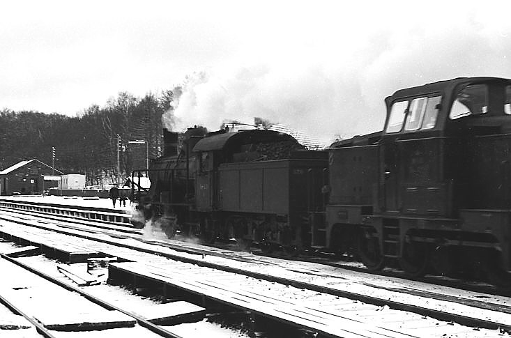 http://www.mjk-h0.dk/evp_Kystb/d820-mh_x,skodsborg.3.1.1967.-c-.sbj.3.jpg