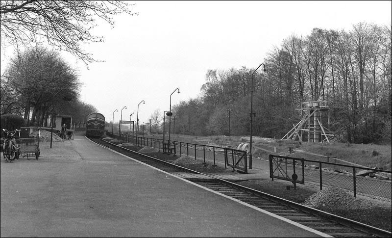 http://www.mjk-h0.dk/evp_Kystb/kokkedal%20station.1965.-c-.per_b.pedersen..jpg