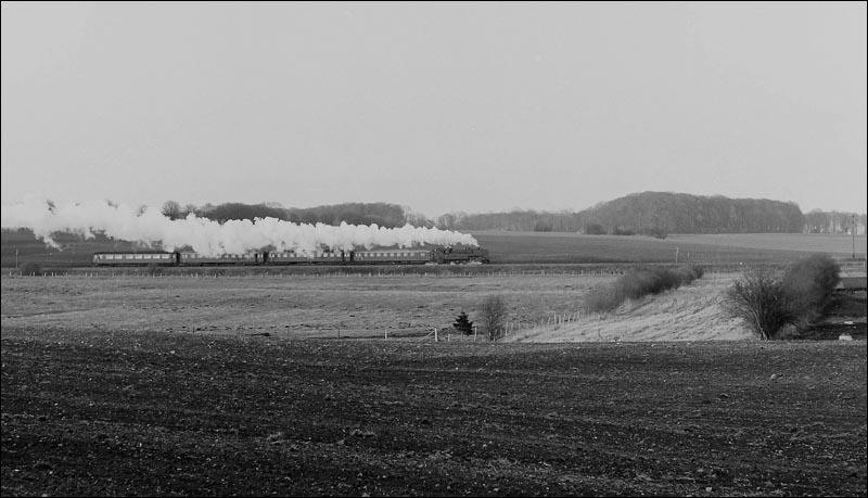 http://www.mjk-h0.dk/evp_Kystb/kokkedal.1965.3.-c-per_b.pedersen.jpg