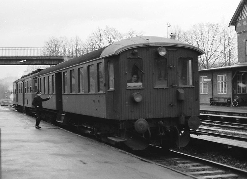 http://www.mjk-h0.dk/evp_Kystb/skodsborg.dec.1966.crs_3674.-c-.sbj.jpg