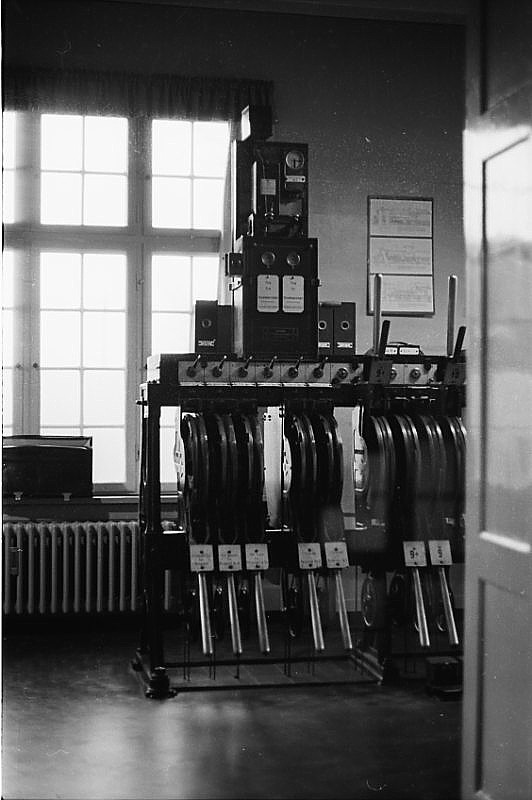 http://www.mjk-h0.dk/evp_Kystb/skodsborg_centr.app.december_1966.-c-.sbj.jpg