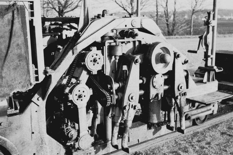 http://www.mjk-h0.dk/evp_Nips/8.iii.01.svellestoppemaskine.sveboelle.december_1956.jpg