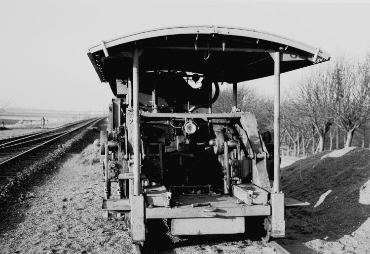 http://www.mjk-h0.dk/evp_Nips/8.iii.02.svellestoppemaskine.sveboelle.december_1956.jpg