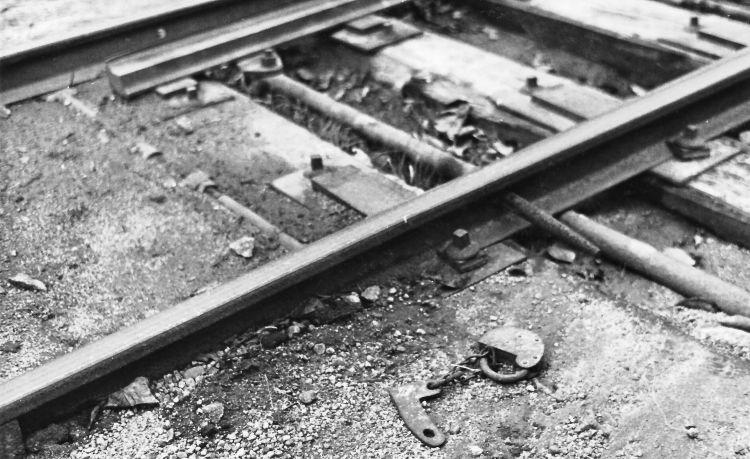 http://www.mjk-h0.dk/evp_Nips/dbj.sporskiftelaas.roenne.22.9.1968.jpg