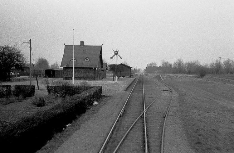 http://www.mjk-h0.dk/evp_OKMJ/315.iii.26.okmj.agedrup_set_m.martofte.20.3.1966,.jpg