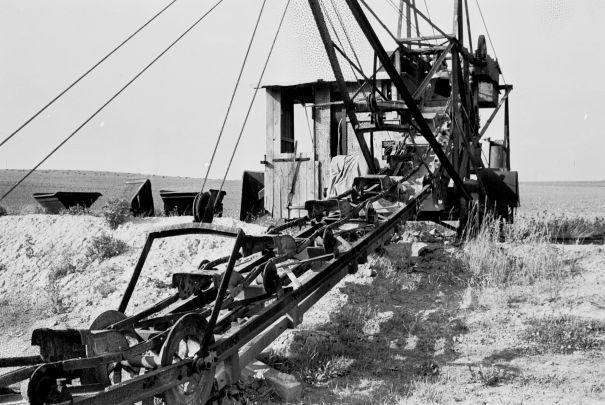 http://www.mjk-h0.dk/evp_Proe/129.ii.26.spandegravemaskine.proevelyst,gunderoed.18.10.1960.jpg