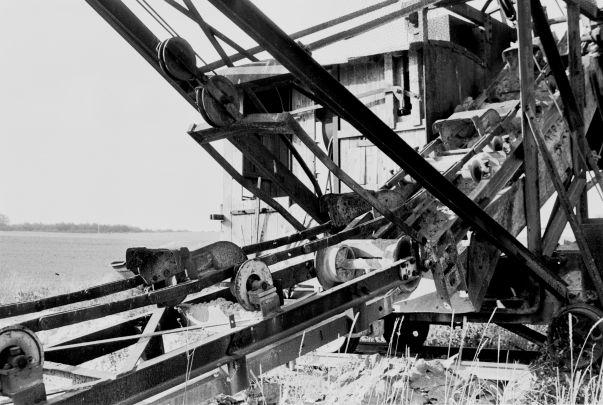 http://www.mjk-h0.dk/evp_Proe/129.ii.28.spandegravemaskine.proevelyst,gunderoed.18.10.1960.jpg