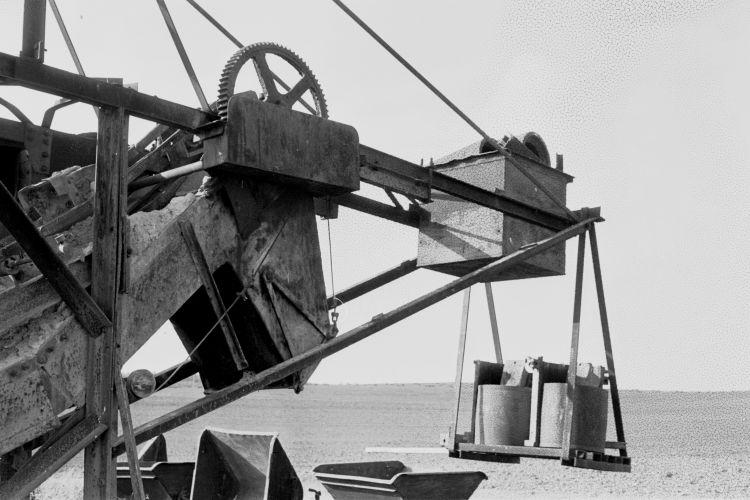 http://www.mjk-h0.dk/evp_Proe/129.ii.29.spandegravemaskine.proevelyst,gunderoed.18.10.1960.jpg
