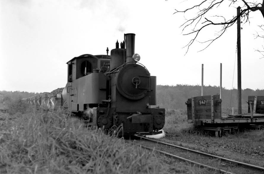 http://www.mjk-h0.dk/evp_Roer/262.iii.48.sakskoebing_sukkerfabrik.18.10.1964.jpg