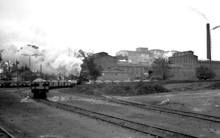 http://www.mjk-h0.dk/evp_Roer/263.i.06.sakskoebing_sukkerfabrik.18.10.1964.jpg