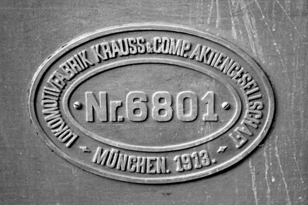 http://www.mjk-h0.dk/evp_Roer/54.ii.16.dds%20b3.hoejbygaard%20sukkerfbr.okt.1958..jpg