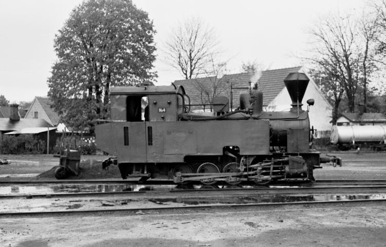 http://www.mjk-h0.dk/evp_Roer/74.ii.20a.goerlev_sukkerfbr._nr.4,goerlev.okt.1959.jpg