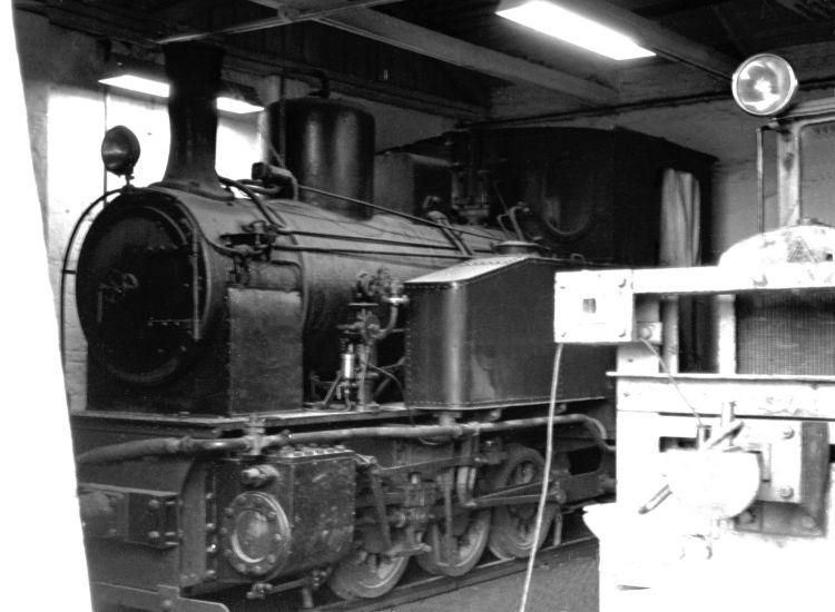 http://www.mjk-h0.dk/evp_Roer/77.ii.36a.%20dds.loko.horslunde.nov.1959.jpg