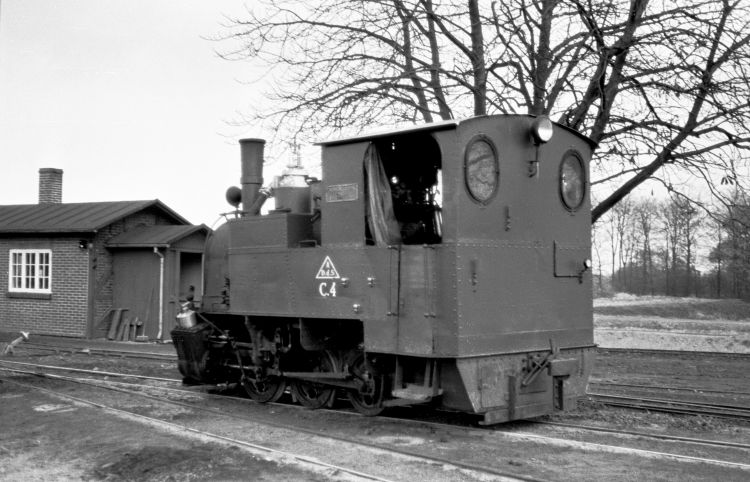 http://www.mjk-h0.dk/evp_Roer/78.i.10.adds_c_4.sakskoeb.sukk.fbr.nov.1959.jpg
