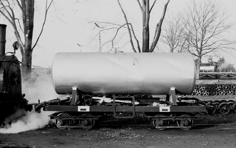 http://www.mjk-h0.dk/evp_Roer/79.i.28.adds.tankvogn_f.b_2.sakskoeb.sukk.fbr.nov.1959..jpg