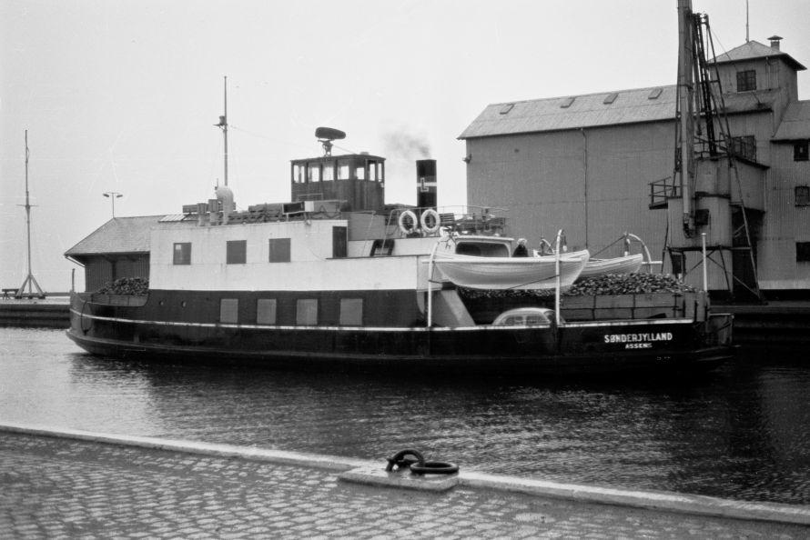 http://www.mjk-h0.dk/evp_Roer/81.ii.09%20m-f-soenderjylland-.assens.nov..1959.jpg