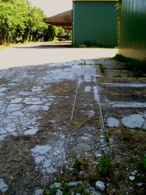 http://www.mjk-h0.dk/evp_Roer/basnaes.foto.rasmus_munk.2009.100_9398.jpg