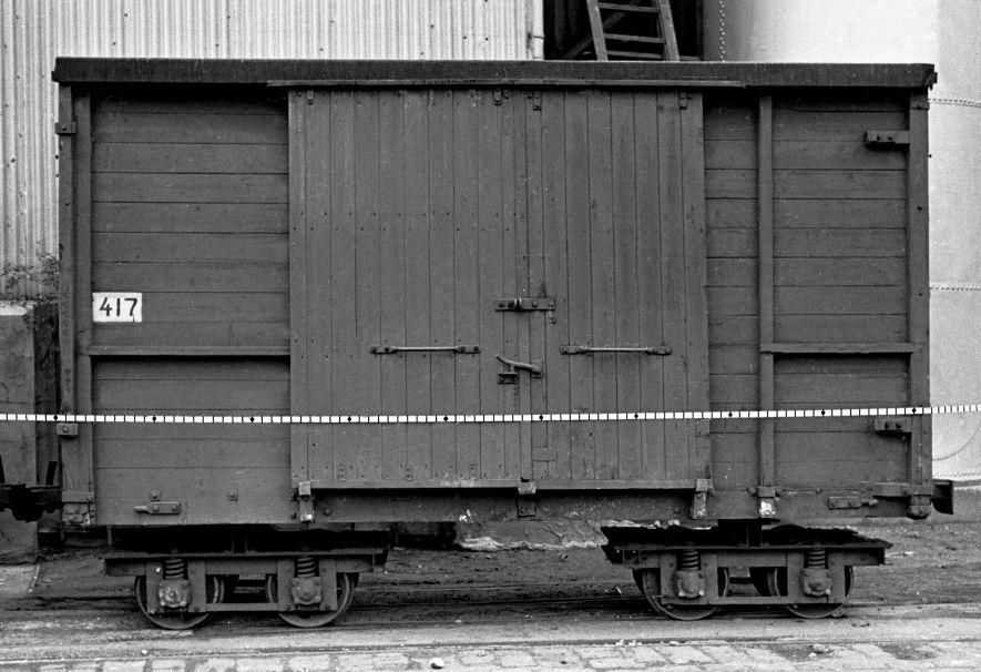 http://www.mjk-h0.dk/evp_Roer/m.76.i.16.nakskov_sukm.kerfbr.vognnr.417,nakskov,nov.1959,.jpg