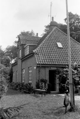 http://www.mjk-h0.dk/evp_SFB/b-517.ii.10a.20.8.1977..jpg