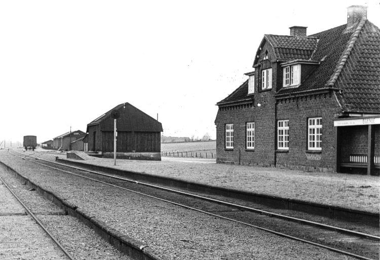 http://www.mjk-h0.dk/evp_SFB/sfb_egense_1954.ibvandersen.ark.lv-n.jpg