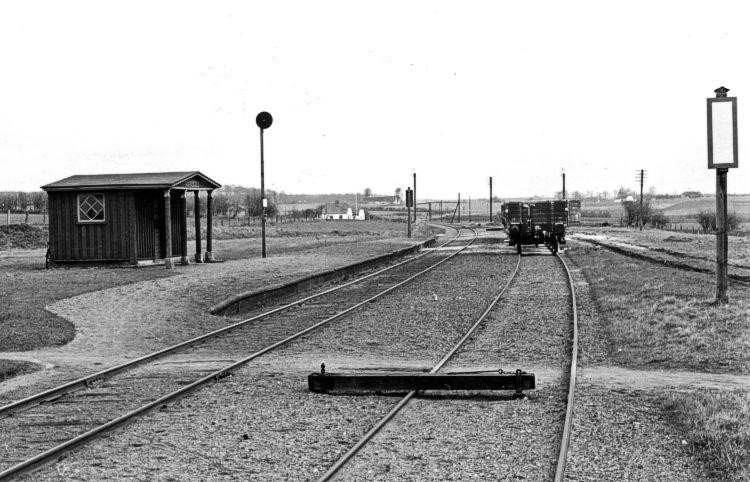 http://www.mjk-h0.dk/evp_SFB/sfb_nakkeboelle_1954.ibvandersen.ark.lv-n.jpg