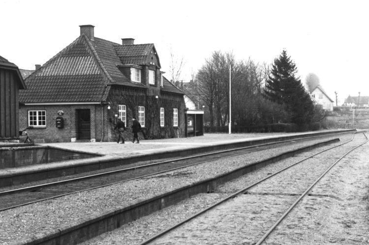 http://www.mjk-h0.dk/evp_SFB/sfb_ollerup_1954.ibvandersen.ark.lv-n.jpg