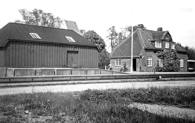 http://www.mjk-h0.dk/evp_SFB/sfb_ulboelle_1954.ark.lv-n.jpg