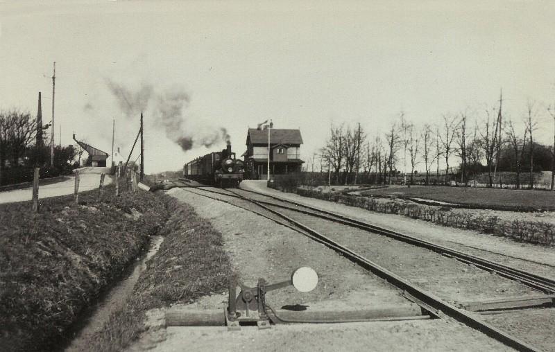 http://www.mjk-h0.dk/evp_SNB/snb.vejstrup.1920-erne.arkiv.claus_hansen,.jpg