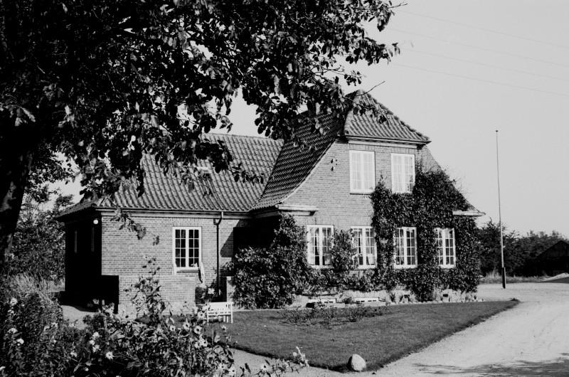 http://www.mjk-h0.dk/evp_SVJ/141-284.iii.33.vejbyvad.gadefacaden.26.9.1965.jpg